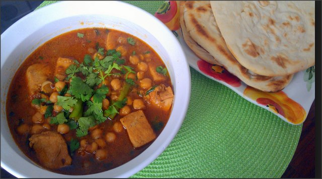 Chicken Chana Handi Recipe
