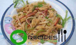 Schezwan Chicken Chow Mein
