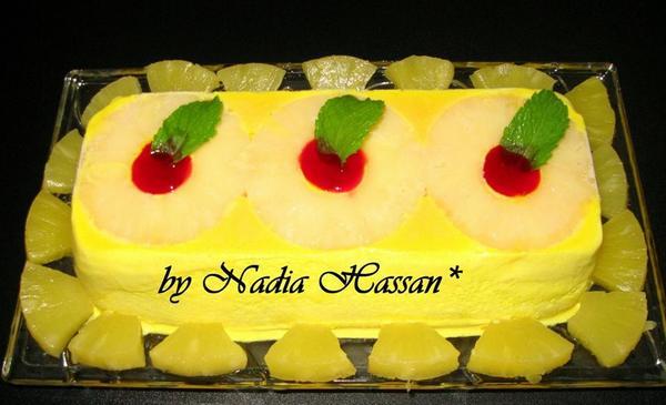 Homemade Pineapple Jelly Ice Cream