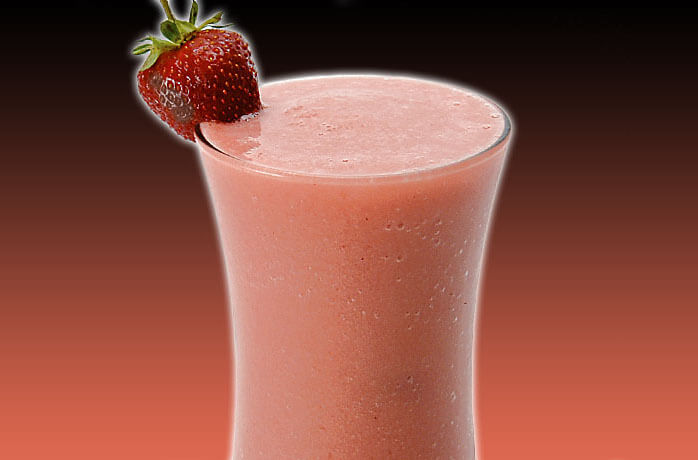 How to Make Strawberry Colada