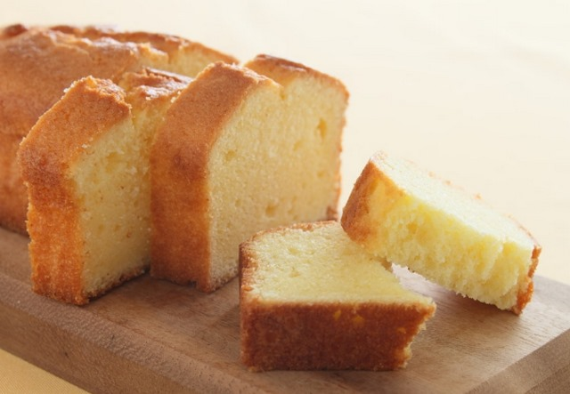 Easy Pound Cake Recipe