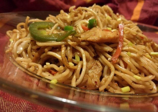 Chicken Hakka Noodles Recipe