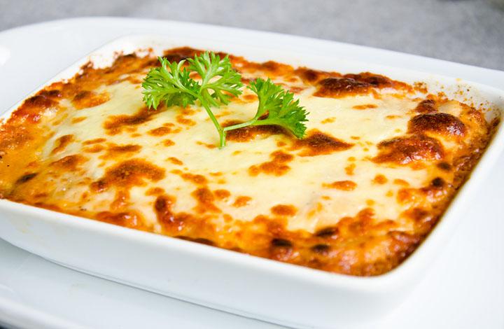 Easy Bread Lasagna Recipe
